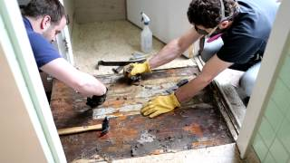 Asbestos Kitchen Floor Removal Demo_4