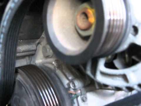Какая натяжка ремня генератора и гура грм должна быть видео