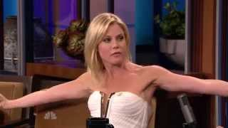 Julie Bowen Biceps