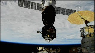 Soyuz MS-07 Undocking (time lapse)