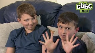 Charlie Bit My Finger boys talk Minecraft! CBBC Newsround
