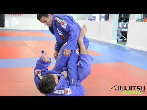 Jiu Jitsu / BJJ Technique: Butterfly Guard - Leg Attacks