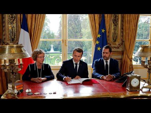 فرنسا: ماكرون يوقع إصلاح قانون العمل المثير للجدل  - 17:22-2017 / 9 / 22