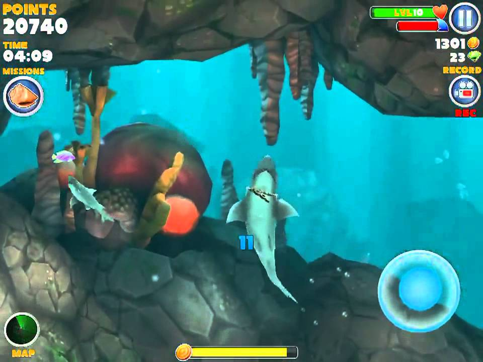 Hungry shark evolution road to megalodon what the crap recording?!?! - YouTube