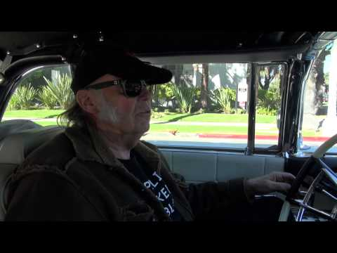 Neil Young Shows Haskell Wexler His LincVolt