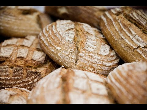 artisan-bread-making-at-daylesford-cookery-school