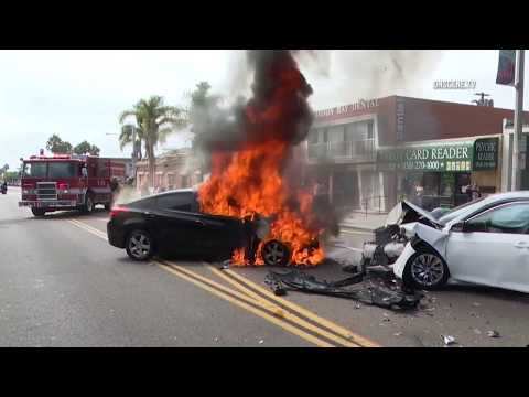 San Diego: Accident & Car Fire 09092018