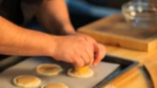 Как приготовить пирожное с абрикосом? Рецепт - Основной инстинкт. Выпуск 25