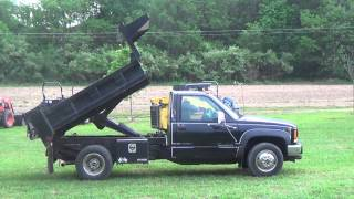 1997 GMC SL3500 4x4 dually diesel dump truck with only 35K!