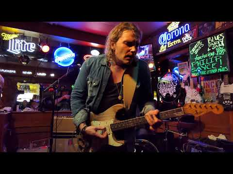 Philip Sayce - As The Years Go Passing By - 12/31/18 Maui Sugar Mill - Tarzana, CA