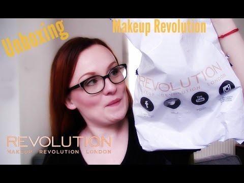 Unboxing Makeup Revolution!!!