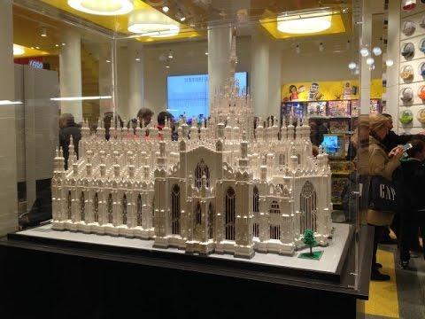 Milano lego store visita negozio corso monforte 2 angolo for Lago outlet milano