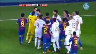 Barcelone vs Real Madrid | La plus grosse bagarre du monde au Football