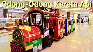 Naik Odong Odong Kereta Api Keliling Mall