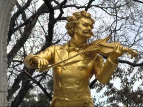 Johann Strauss : Nur Fort ! Polka Schnell op.383 for Orchestra