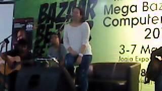 Melanie Subono - Gue Rock n Roll (live @ JEC 05-03-2012)