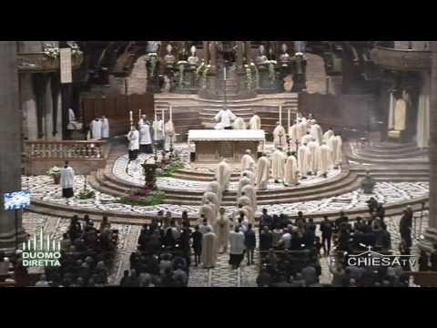 15 aprile 2017  Sabato santo In Duomo la Veglia di Risurrezione - (ChiesaTV canale 195)