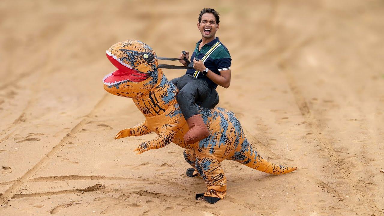 We Try Inflatable Dinosaurs - भाई इसे चला के मज्जा आ गया 😂