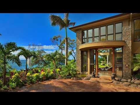 Tropical Modern Contemporary Luxury Residence in Maui, Hawaii (by Arri Lecron Architects)