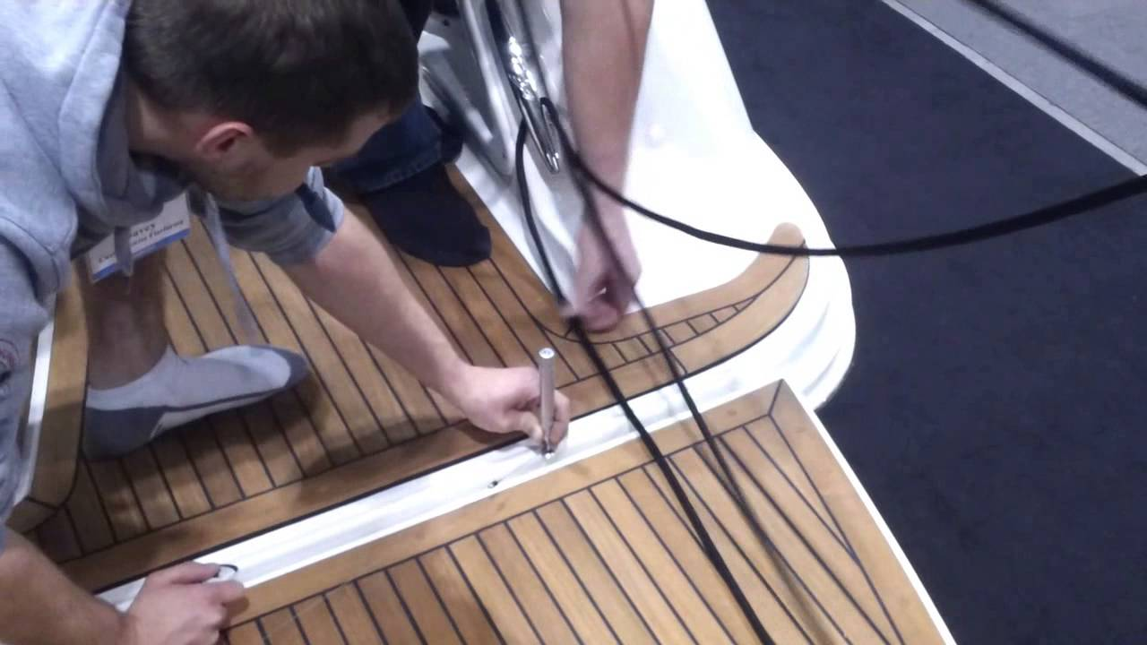 Custom fiberglass swim platforms made for your boat in