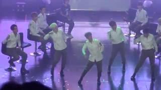 160814 SEVENTEEN dancing to Produce 101