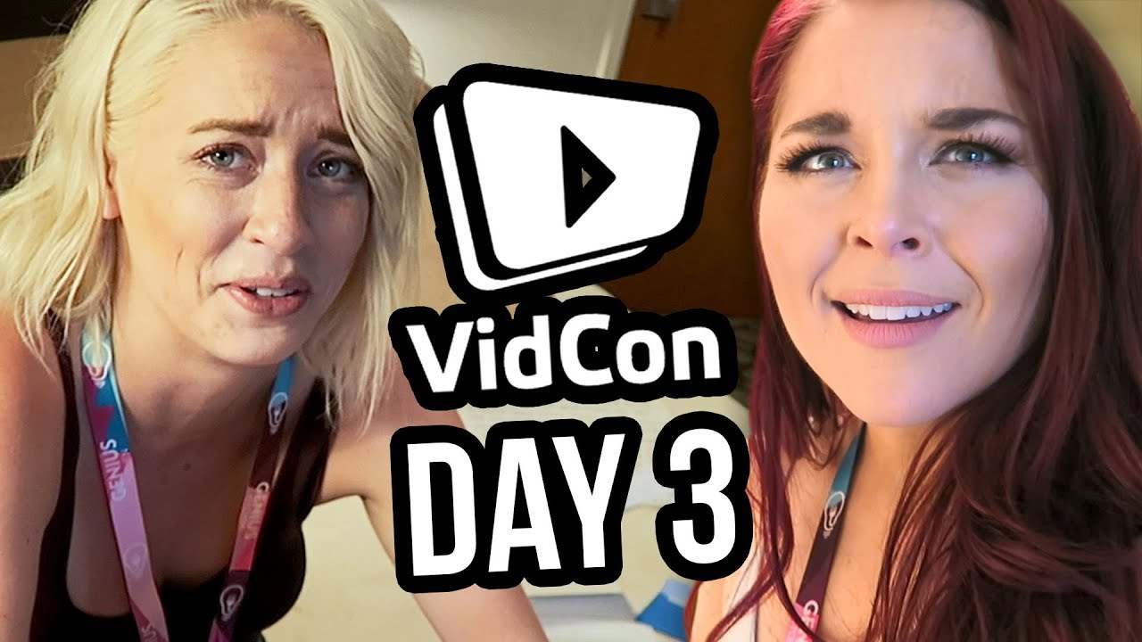 Reading Fan Mail (and Crying) | Day 3 at VidCon 2018!