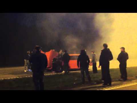 Street race går upp i rök Haninge