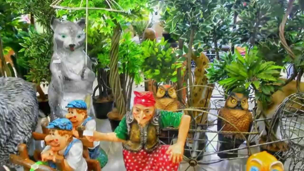 Интернет-магазин комнатных растений, кашпо для цветов lechuza. Студия по озеленению предлагает услуги по подбору, пересадке и обслуживанию растений.
