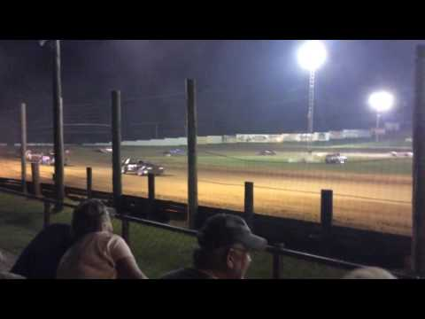 7-23-16 Bomber Feature at Lincoln Park Speedway