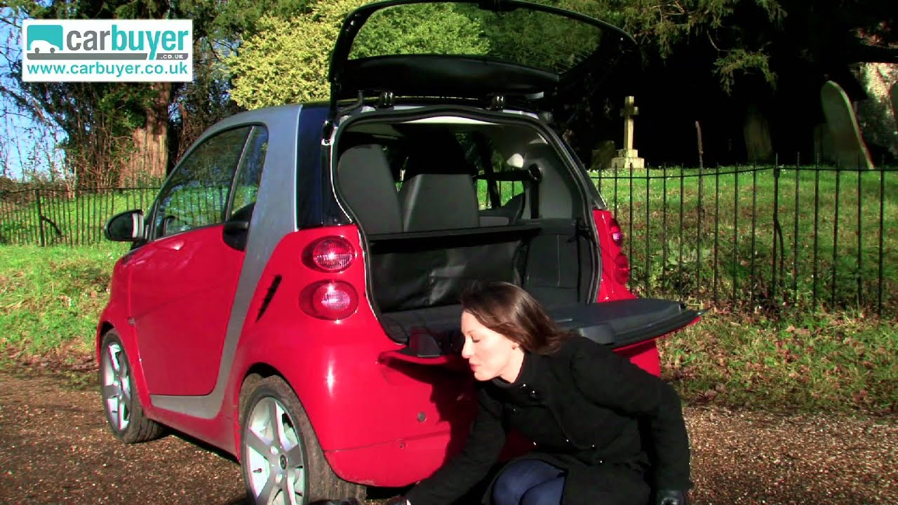 Smart Fortwo Hatchback Review Carbuyer Youtube