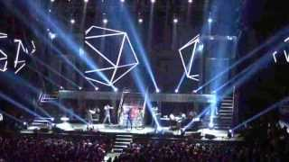 OPENING - SARAH GERONIMO PERFECT 10 CONCERT 11.15.