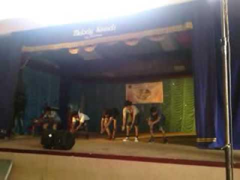Dialogue mixed song dance