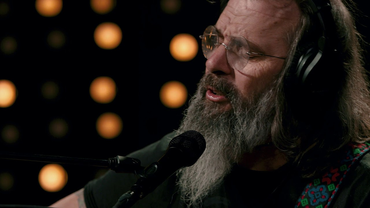 Steve Earle - L.A. Freeway (Live on KEXP)