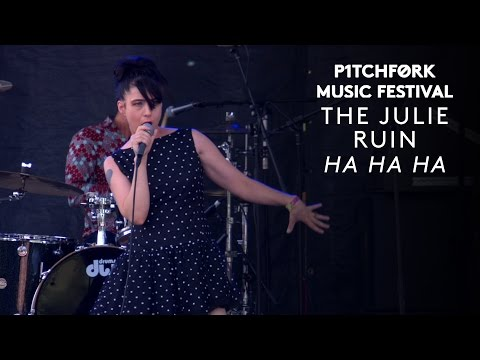 "The Julie Ruin perform ""Ha Ha Ha"" - Pitchfork Music Festival 2015"