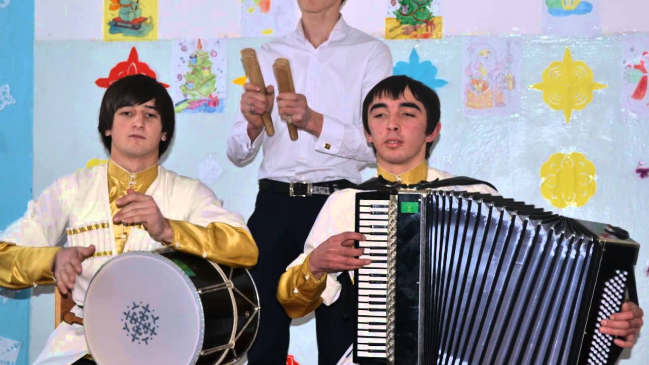 Эдуард Жигунов и Ася Шокуева Фотки с концерта) - YouTube