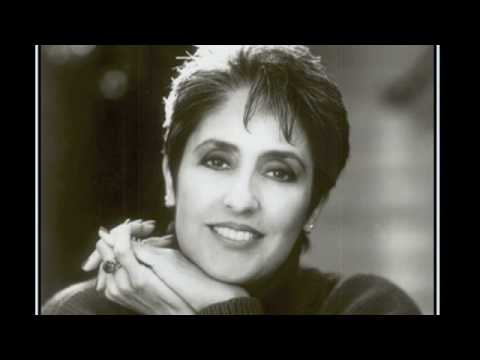 Down in Yon Forest - Christmas song, sung by Joan Baez from