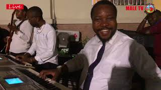 Frère Patrice Ngoy Musoko avec son Pianiste Frère Thiery Kamboko !!!