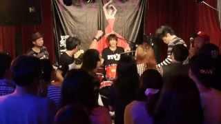 2015年5月30日に広島市内のライブハウス「JIVE」にて行われた広島出身シ...
