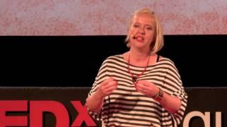 Hlavně aby bylo zdravé... | Lenka Bártová | TEDxPragueWomen