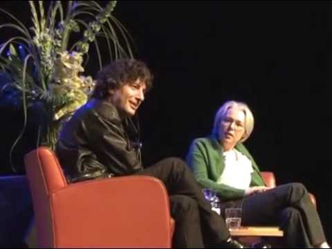 Susanna Clarke & Neil Gaiman | SCI-FI-LONDON - YouTube