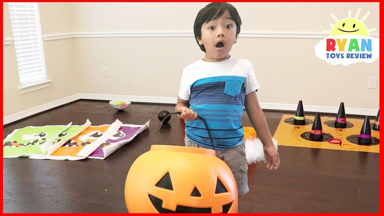 Halloween Carnival Games For Kids With Ryan And Mommy Youtube
