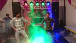 Best Wedding Dance!! Groom dancing on Banno tera swagger laggey sexy...