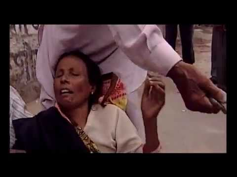 Street Dentists In India Gettin Down and dirty *MUST SEE*