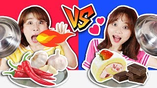 食物挑戰之到底是甜的還是辣的呢?!SPICY vs SWEET challenge 小伶玩具 | Xiaoling toys