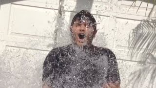 ICE BUCKET CHALLENGE | Me doing the ALS Ice Bucket Challenge