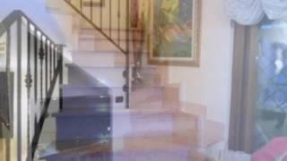 Case in vendita Roma Vermicino bilivelli con 2 terrazzi via Bronte