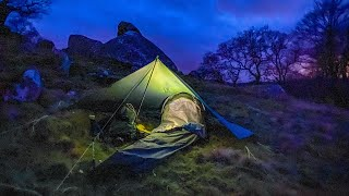 Bivi Camping. Sleeping unḋer the stars in the rain and wind