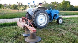 Ford 4000 Tractor Cutting Hay | 2015