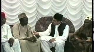 Various Interviews at Jalsa Salana UK 2002 (Part 3)