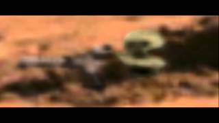 Alien On Mars With Ray GUN? 100% Real NASA PHOTO! Captured By Curiosity 2014